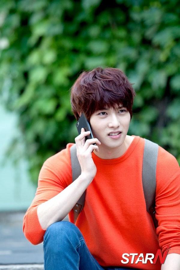 """Trước khi để lộ sự bệnh hoạn đã từng có một """"con trai Jang Dong Gun"""" đáng yêu thế này trong """"Phẩm chất quý ông"""" - Ảnh 3."""