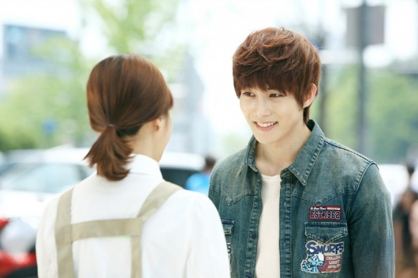 """Trước khi để lộ sự bệnh hoạn đã từng có một """"con trai Jang Dong Gun"""" đáng yêu thế này trong """"Phẩm chất quý ông"""" - Ảnh 10."""