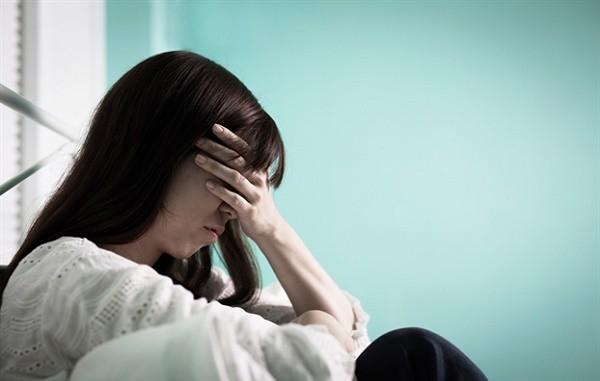 Xin phép về chăm mẹ đẻ ốm, mẹ chồng không đồng ý còn nói một câu khiến nàng dâu phải phẫn uất đáp trả  - Ảnh 1.