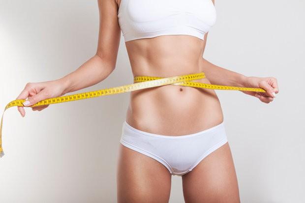 Huấn luyện viên nóng bỏng chỉ ra những sai lầm khi giảm cân mà thời nào cũng có - Ảnh 2.