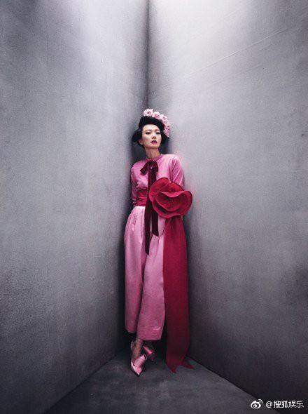 Angela Baby xuất sắc trở thành sao Trung đầu tiên lên bìa Vogue Mỹ danh tiếng, đọ sắc cùng 6 mỹ nhân quyền lực - Ảnh 6.