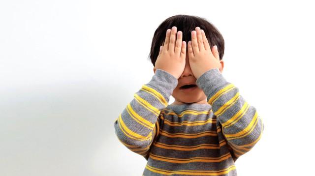 Cách mà các bậc cha mẹ có thể áp dụng để giúp trẻ vượt qua hội chứng lo âu tưởng vô hại mà đầy nguy hiểm này - Ảnh 1.