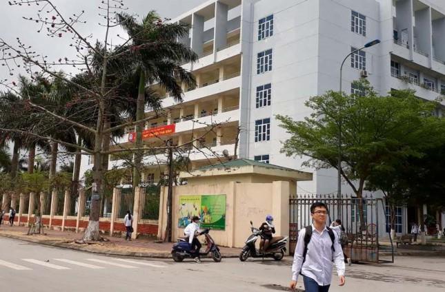 Thầy giáo gạ tình nữ sinh ở Thái Bình bị kỷ luật, cách ly hoàn toàn với hoạt động giáo dục - Ảnh 1.
