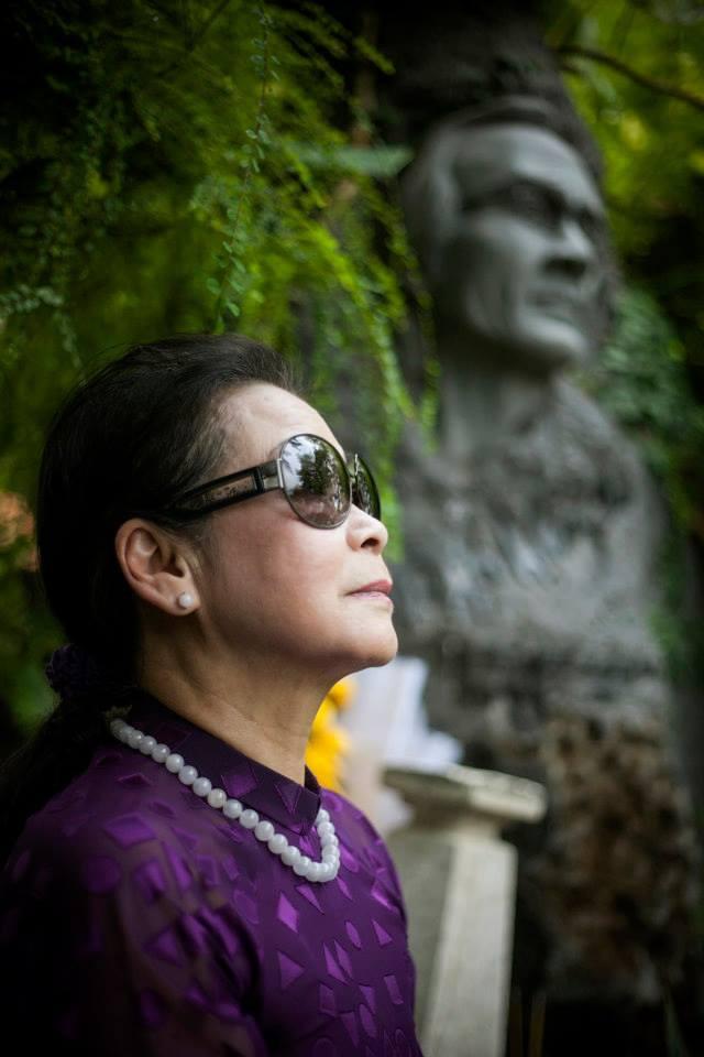 Khánh Ly và câu trả lời về mối quan hệ có phải là yêu với nhạc sĩ Trịnh Công Sơn - Ảnh 1.