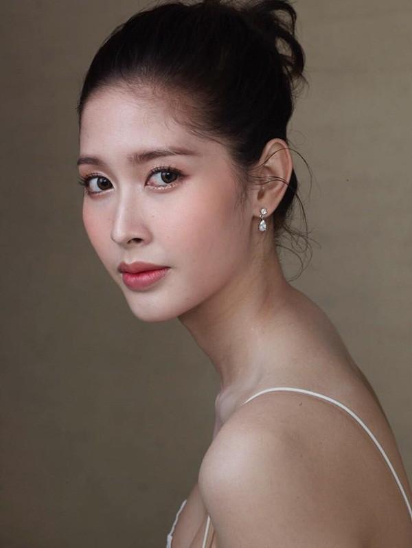 Soi mặt mộc của dàn mỹ nhân chuyển giới hot nhất Thái Lan: Nong Poy quá đỉnh, Yoshi đẹp tựa thiên thần đời thực - Ảnh 34.