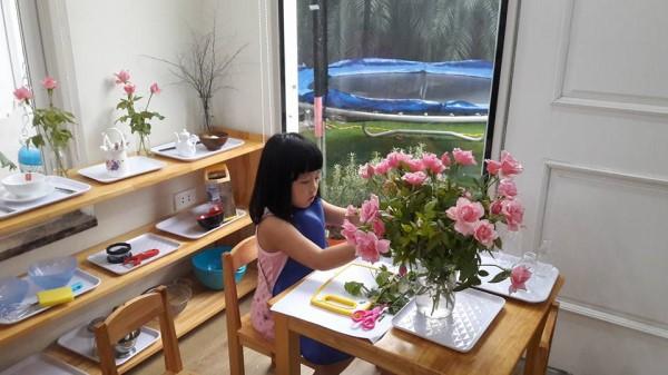 10 hoạt động bổ ích vừa giải trí vừa mang tính giáo dục mà cô giáo Montessori khuyên mẹ nên tích cực cho con tham gia ngay tại nhà - Ảnh 4.
