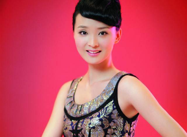 Ở tuổi U50, nàng Tinh Nhi cách cách Vương Diễm trẻ đẹp như gái đôi mươi nhờ bí quyết giữ dáng này - Ảnh 4.