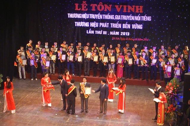 Du lịch Khát vọng Việt - Dệt mộng kỳ nghỉ ngọt ngào chào hè 2019 - Ảnh 4.