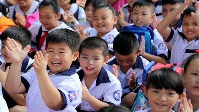 Giỗ tổ Hùng Vương và lễ 30/4 - 1/5, học sinh TP.HCM chỉ được nghỉ 6 ngày so với lịch nghỉ 8 ngày từ trước - Ảnh 1.