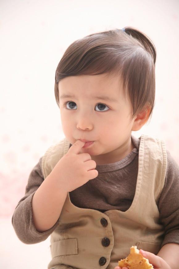 Diện mạo hiện tại của Mason Moon - nhóc tỳ hot nhất châu Á một thời, đáng chú ý nhất lại chính là ông bố cực phẩm của đứa trẻ - Ảnh 4.