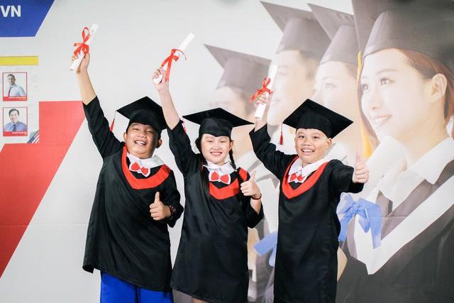 Tầm quan trọng của việc học tốt tiếng Anh và phát triển kỹ năng mềm đối với trẻ - Ảnh 1.