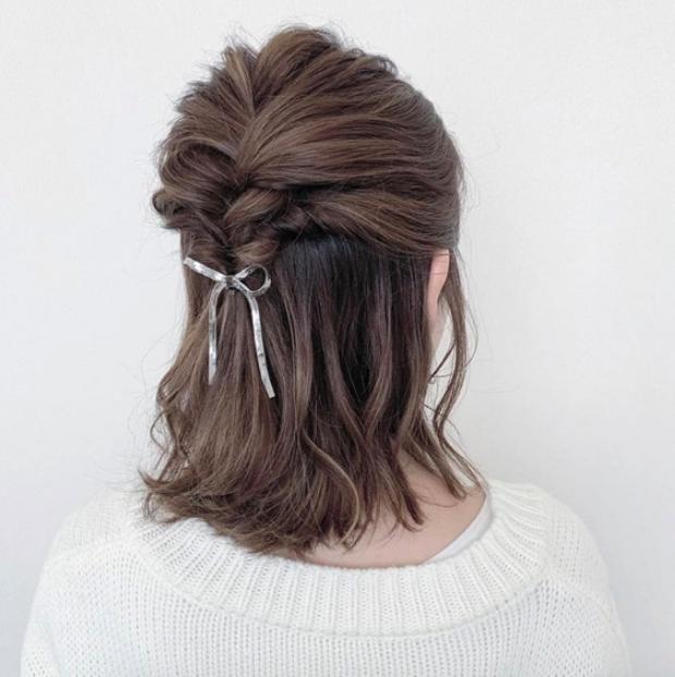 Dù là phe tóc dài hay hội chị em tóc ngắn thì luôn có một kiểu tóc siêu xinh để các nàng làm điệu trong ngày 8/3 - Ảnh 12.