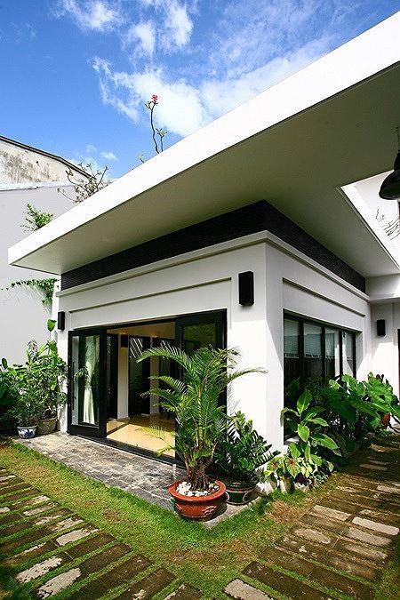 Nhà 2 tầng siêu đẹp, thiết kế hiện đại nhưng đượm hồn quê - Ảnh 2.