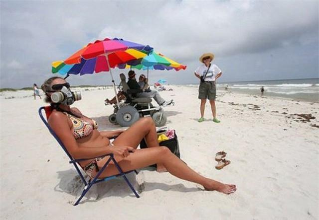 Những bức ảnh ấn tượng chỉ có thể bắt gặp ở bãi biển khiến ai nhìn thấy cũng phải cười sái quai hàm mới thôi - Ảnh 4.