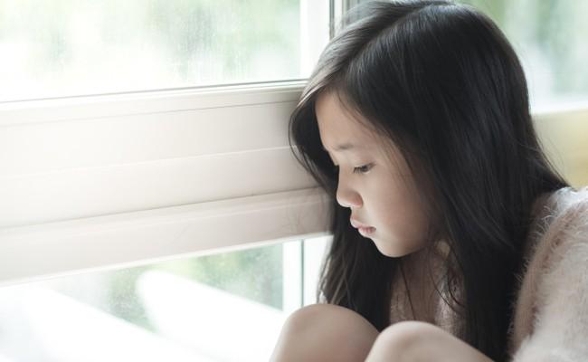 Khi nói chuyện về những vấn đề lớn, nặng nề và nhạy cảm với con, cha mẹ nhất định cần chuẩn bị sẵn sàng những điều này - Ảnh 3.