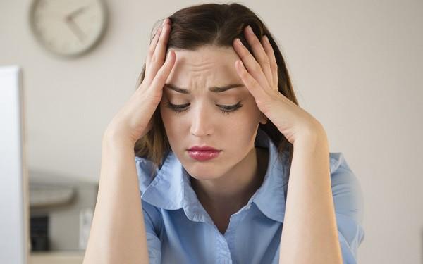 Mỗi tối, chồng đều ngồi ôm hũ tro cốt thì thầm trò chuyện trong sự đau đớn cùng quẫn của tôi - Ảnh 2.
