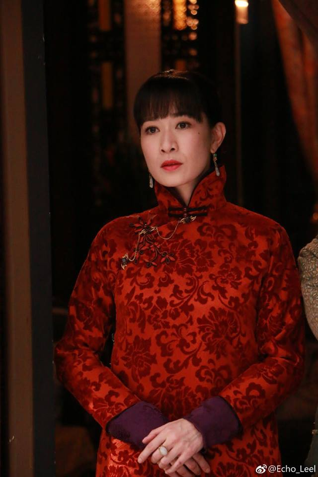 Xa Thi Mạn đẹp mặn mà thế này mà Huỳnh Hiểu Minh lại bỏ rơi để yêu... 1 người đàn ông khác - Ảnh 1.