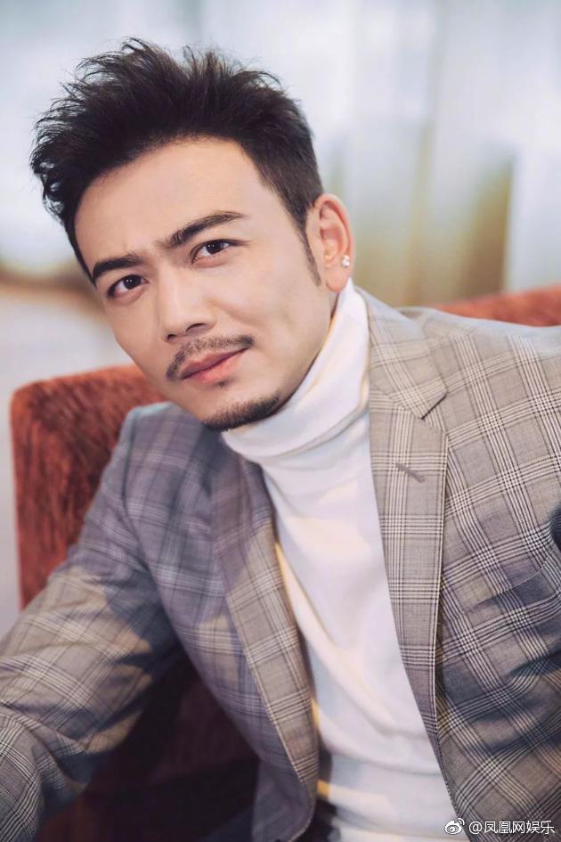 Thêm scandal ngoại tình gây sốc: Tài tử Hoan Lạc Tụng lộ chuyện tòm tem 2 tuần trước đám cưới? - Ảnh 1.