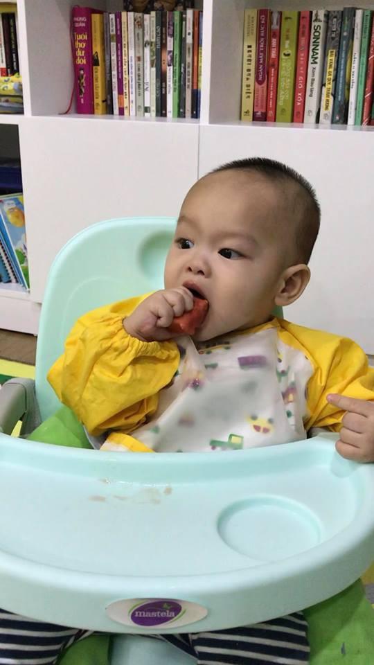 Con nhìn thấy đồ ăn là mắt sáng lên và loạt bí quyết cực chất rèn kỹ năng ăn uống chủ động, vui vẻ cho con từ nhỏ của mẹ 9X - Ảnh 6.