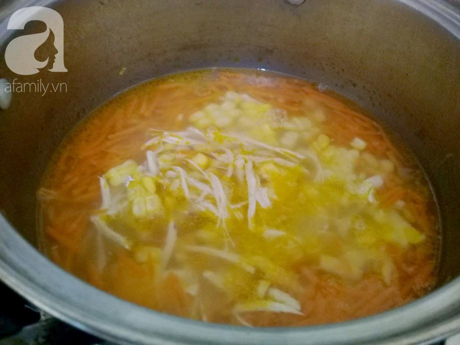 Bữa sáng muốn nhẹ bụng, hãy nấu ngay món súp gà ngon lành mà đủ chất này bạn nhé! - Ảnh 3.