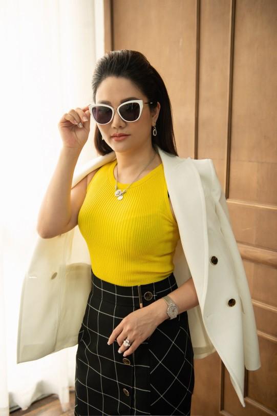 Gout thời trang đẳng cấp của những nữ doanh nhân tài sắc vẹn toàn - Ảnh 6.