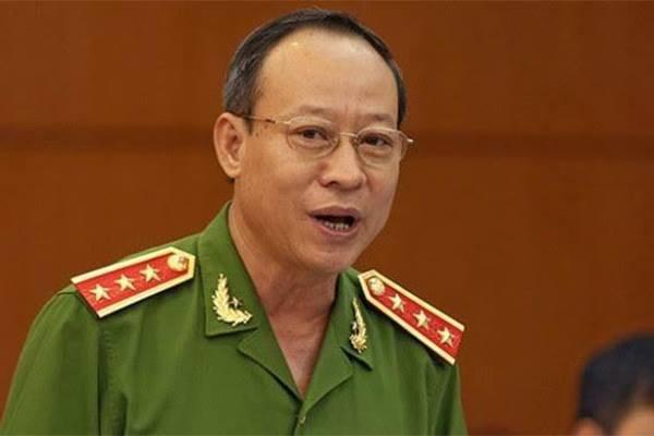 Vụ ông Nguyễn Hữu Linh sàm sỡ bé gái trong thang máy: Gia đình cháu bé đề nghị không tiếp tục điều tra vì sự việc không nghiêm trọng - Ảnh 1.