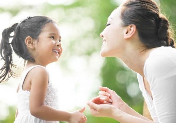 Gợi ý cho mẹ 8 tuyệt chiêu dạy con cách cư xử đúng mực và khéo léo hơn trong cuộc sống - Ảnh 4.