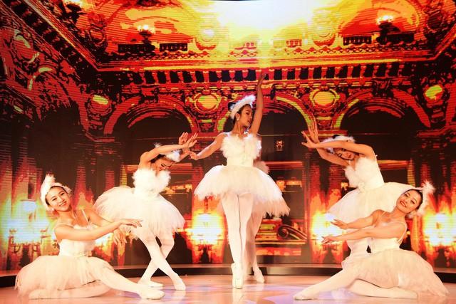 Wonder Fashion Show: Thăng hoa cảm xúc với âm nhạc, thời trang và công nghệ ánh sáng đỉnh cao - Ảnh 6.