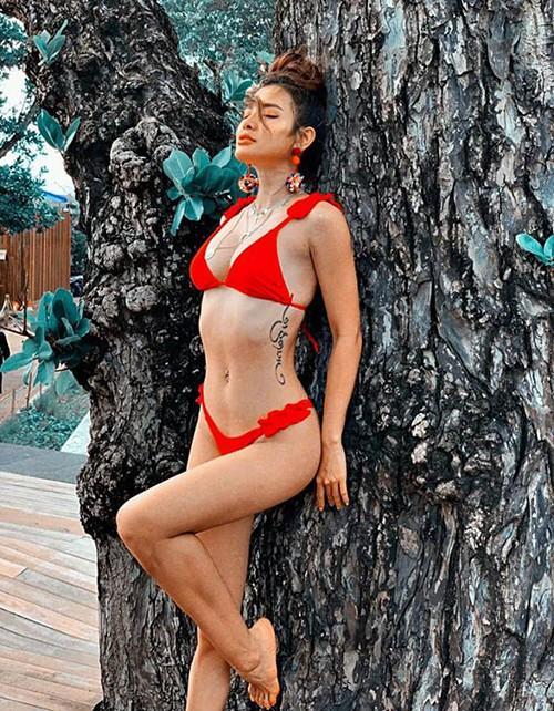 Đánh bại Ngọc Trinh, đây mới là nữ hoàng bikini mới của showbiz Việt - Ảnh 3.