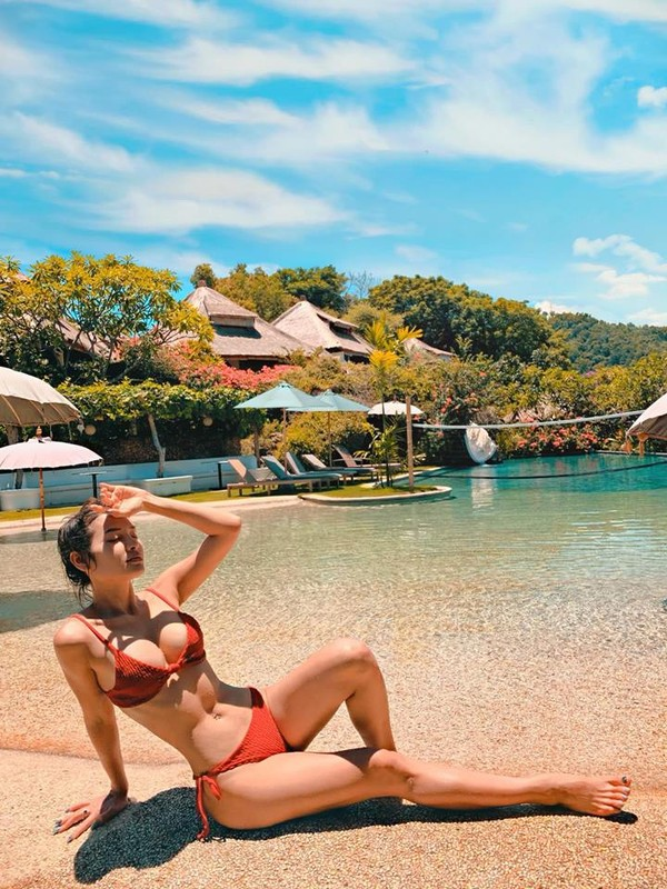 Đánh bại Ngọc Trinh, đây mới là nữ hoàng bikini mới của showbiz Việt - Ảnh 4.