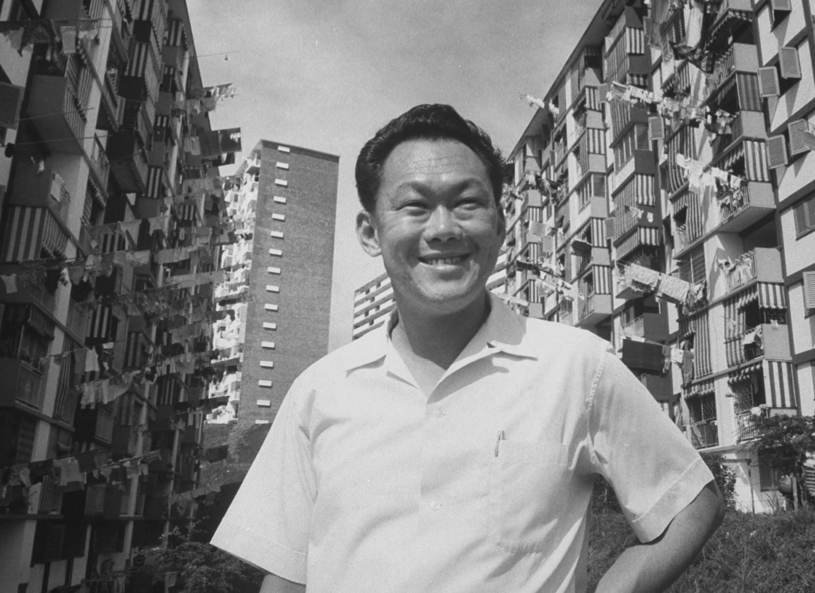 Lee Kuan Yew, o homem responsável pelo que Cingapura tem de melhor e de pior | Diversos Autores