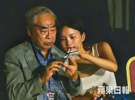 Gia tộc phong lưu nhất Hong Kong: Anh hẹn hò thiếu nữ đáng tuổi cháu, em chuyên săn minh tinh - Ảnh 11.