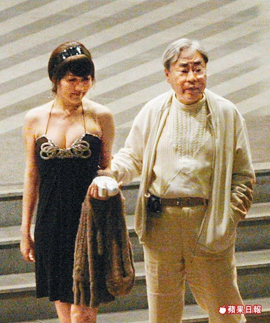 Gia tộc phong lưu nhất Hong Kong: Anh hẹn hò thiếu nữ đáng tuổi cháu, em chuyên săn minh tinh - Ảnh 12.