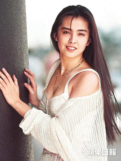 Gia tộc phong lưu nhất Hong Kong: Anh hẹn hò thiếu nữ đáng tuổi cháu, em chuyên săn minh tinh - Ảnh 5.