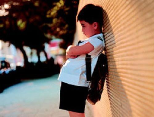 Có 4 thời điểm tuyệt đối không nên la mắng và chỉ trích trẻ, bố mẹ cần lưu ý để không ảnh hưởng đến tinh thần và sức khỏe của con - Ảnh 2.