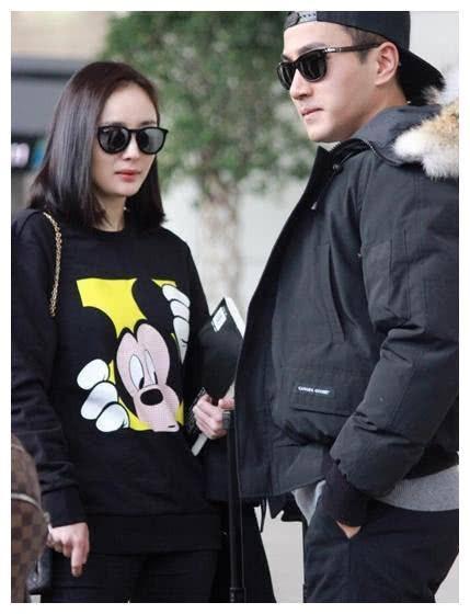 Dương Mịch và Lưu Khải Uy gặp lại nhau hậu ly hôn nhưng thái độ của cả hai lại khiến fan chú ý - Ảnh 4.