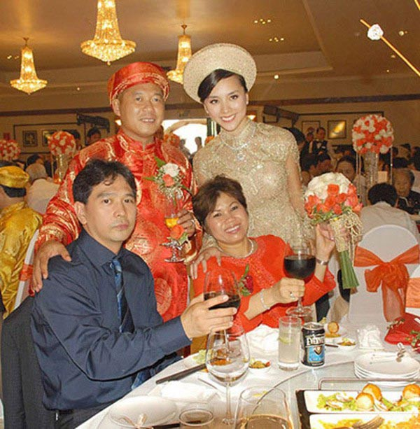 2 Á hậu là vợ đại gia nhưng nhất quyết không chịu xuất hiện cùng chồng - Ảnh 2.