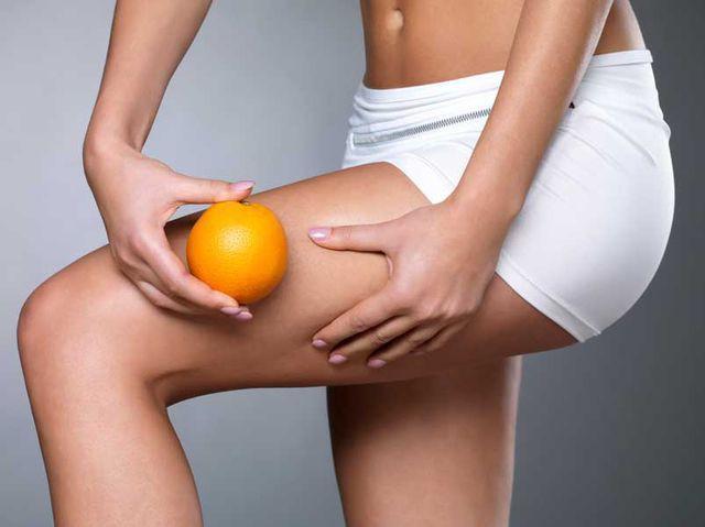 Dùng bàn chải da khô để loại bỏ tình trạng da sần vỏ cam: Lợi ích và tác hại thế nào? - Ảnh 3.