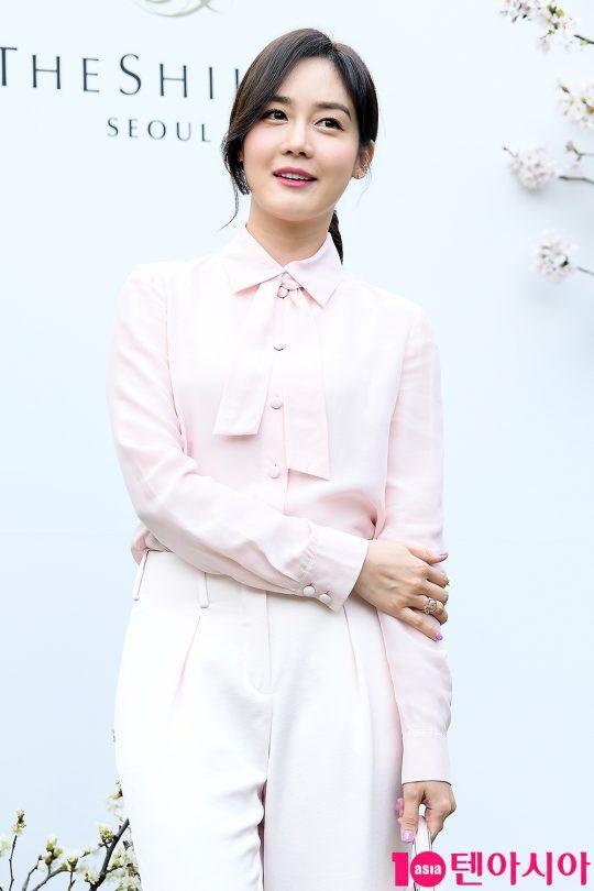 Đám cưới hot nhất hôm nay: Vợ chồng Lee Byung Hun đích thân tham dự, Seohyun - Dara xinh đẹp bên Son Ye Jin - Ảnh 11.