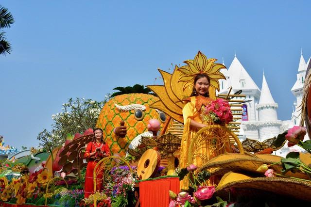Mùng 10 tháng ba: Nhớ về nguồn cội với lễ hội giỗ Tổ Hùng Vương tại Suối Tiên - Ảnh 4.