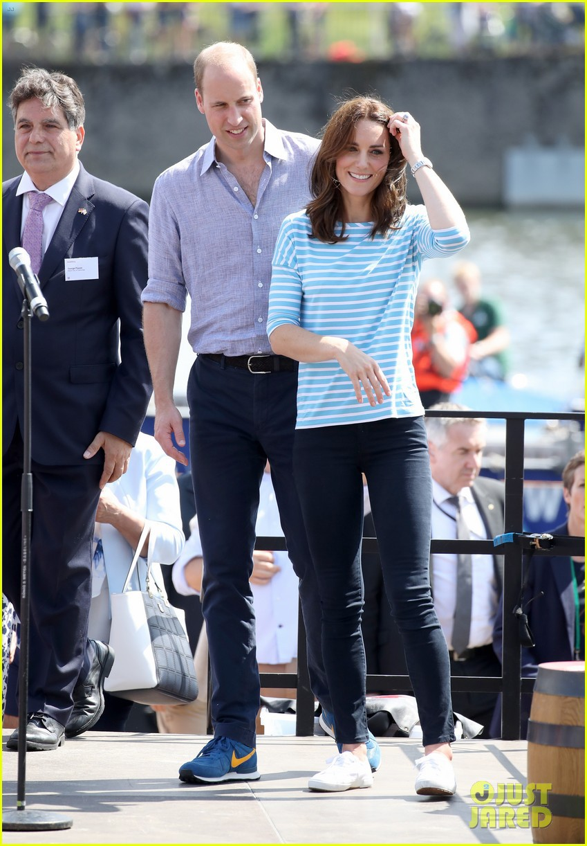 prince-william-defeats-kate-middleton-in-german-rowing-race-02