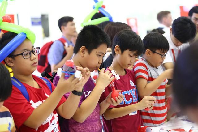 Trẻ em Việt tham dự chế tạo xe theo thí nghiệm khoa học của NASA - Ảnh 2.