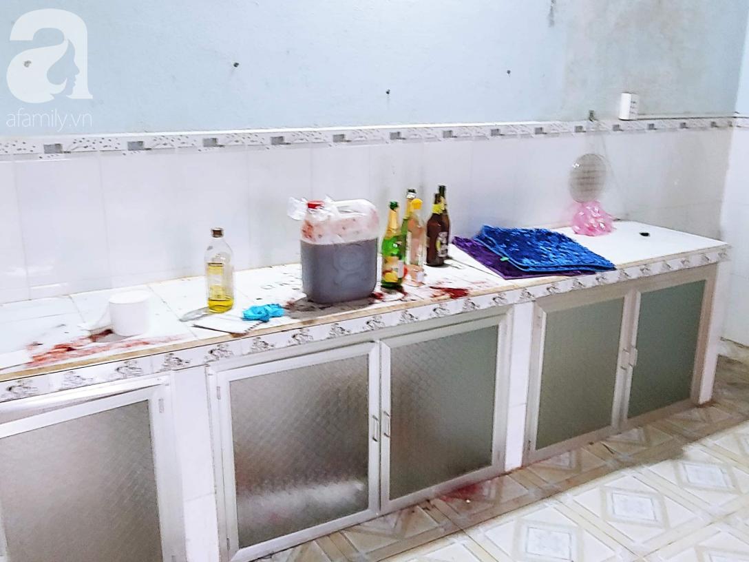 Toàn cảnh 24h phát hiện hai thi thể bị đổ bê tông trong bồn nhựa, bốc mùi hôi thối ở Bình Dương - Ảnh 2.