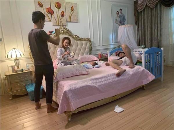 Hot: Về nhà đi con hé lộ cảnh Thư bụng mang dạ chửa, Vũ nằm cạnh chăm con - Ảnh 3.