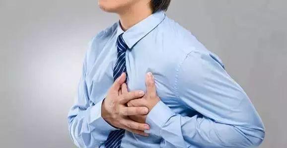 2 vợ chồng lên cơn nhồi máu cơ tim, người chồng không qua khỏi, nguyên nhân hóa ra là do thói quen ăn uống hàng ngày của họ - Ảnh 1.