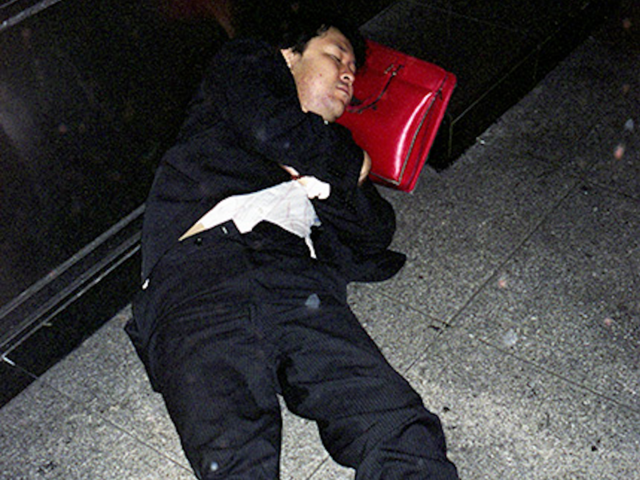 Làm việc đến chết - nỗi ám ảnh khôn nguôi và mảng màu u tối đến đáng sợ trong xã hội đầy tính kỷ luật ở Nhật Bản - Ảnh 10.