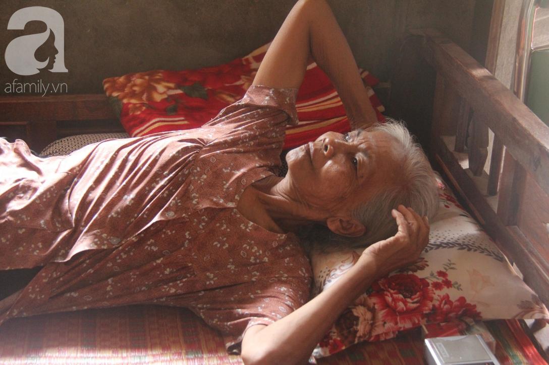 Lời khẩn cầu của người bà 70 tuổi mù một bên mắt, chân bị hoại tử, thối rữa nặng mà không có tiền phẫu thuật - Ảnh 5.