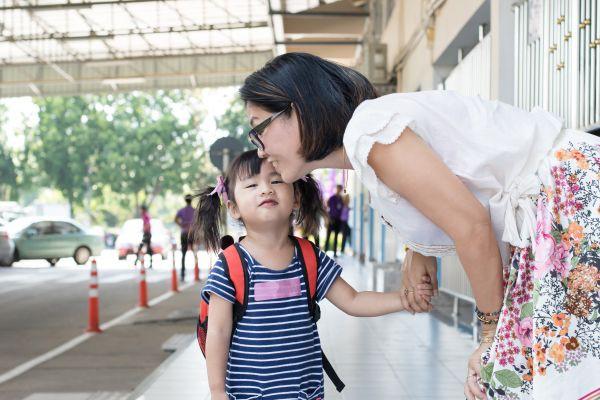 5 câu nói đứa trẻ nào cũng cần được nghe nhưng bố mẹ lại chẳng mấy ai nói được - Ảnh 2.