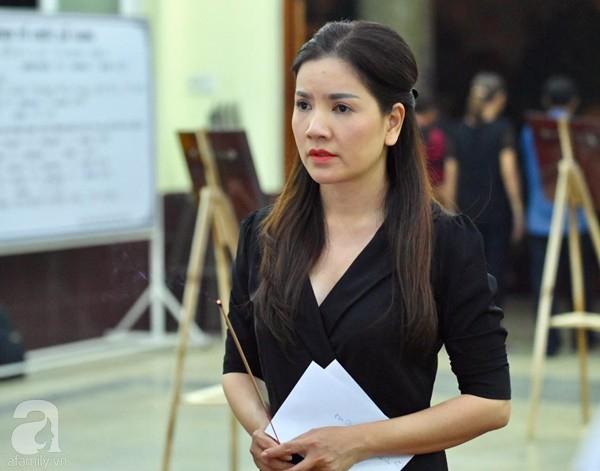 Nhìn nghệ sĩ Lê Bình vẫn đội chiếc mũ quen thuộc lúc nhập quan, nhiều người xúc động rơi nước mắt - Ảnh 37.