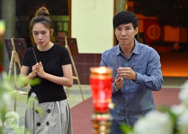 Nhìn nghệ sĩ Lê Bình vẫn đội chiếc mũ quen thuộc lúc nhập quan, nhiều người xúc động rơi nước mắt - Ảnh 35.